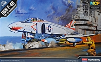 Истребитель-бомбардировщик F-4B VF-111 Sundowners
