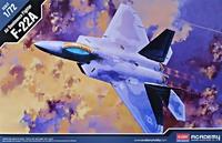 Сборная модель самолета F-22A