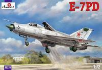 Модель советского самолета E-7ПД