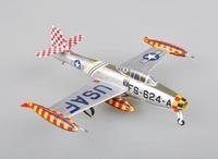 Истребитель-бомбардировщик F84E Thunderjet