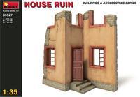 Руины дома