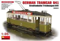 Немецкий трамвай с основанием для диорамы