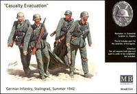 Эвакуация раненного, немецкая пехота, Сталинград, лето 1942г