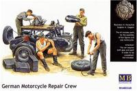 MB3560 German Motorcycle Repair Crew