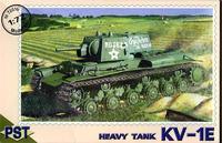 Сборная модель советского тяжелого танка КВ-1Е