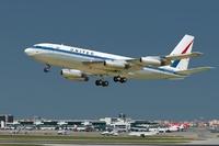 Авиалайнер Boeing 720 United