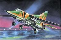 Советский истребитель-бомбардировщик Микоян МиГ-27